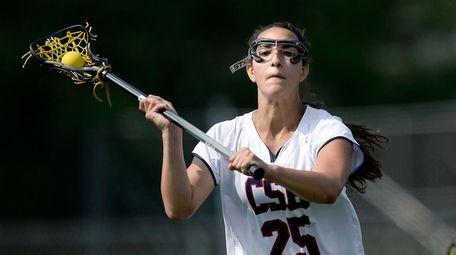 Cold Spring Harbor's Sophia Taglich passes the ball