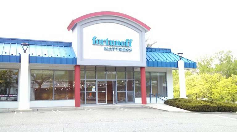 Fortunoff Mattress has signed leases to open stores