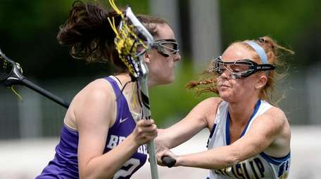 West Islip's Hayley Kirby, right, defends against CBA's