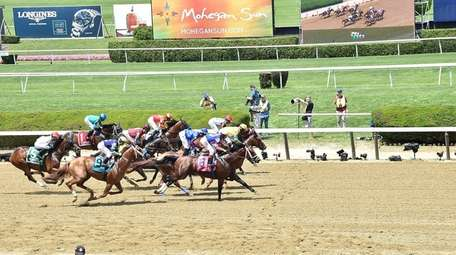 The start of the fifth race at Belmont