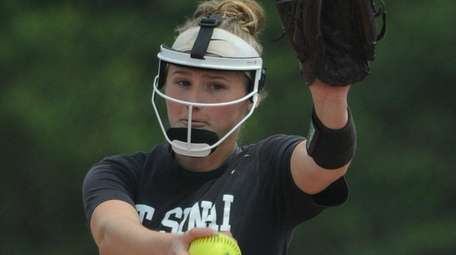 Emma Wimmer gave up just four hits,