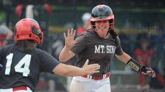 Mt. Sinai's Ilexa Skulnick takes her base after
