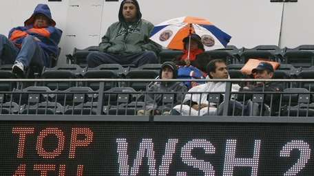 Bad weather or not, attendance at Citi Field
