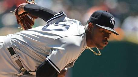Yankees pitcher Luis Severino delivers during the first