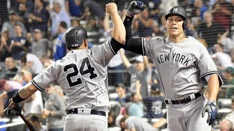 Yankees outfielder Aaron Judge celebrates his home run