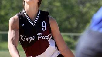 Lindsay Taylor fires away in Kings Park 4-3
