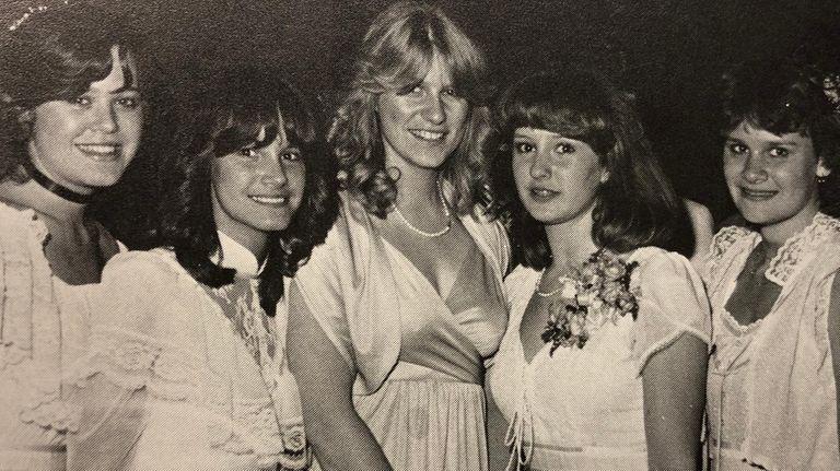 Mattituck High School prom queen Maria Taylor, center,