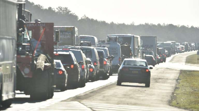 Southampton Town cops: U S  Open traffic jams ease on day two | Newsday