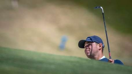 Gary Woodland working on his game around the