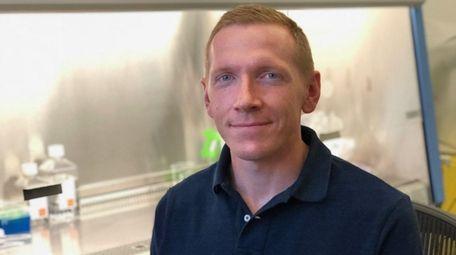 Brian Gillette, a scientist at the NYU Winthrop