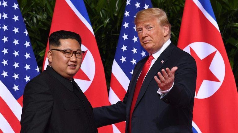 North Korean leader Kim Jong Un meets with