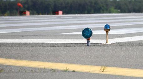 The threshold area of runway 6-24 at Long