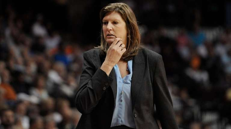 Connecticut Sun coach Anne Donovan watches her players