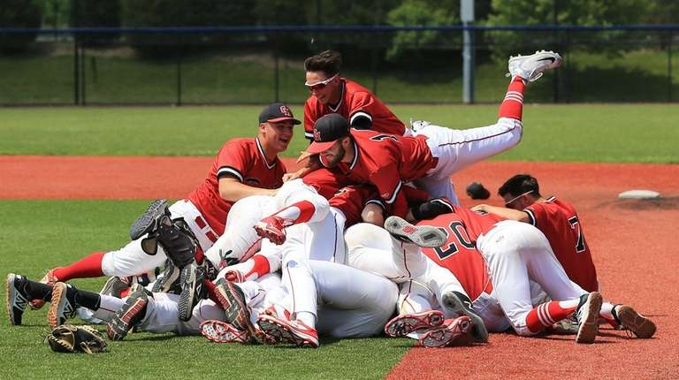 Center Moriches celebrates winning the Class Southeast Regional