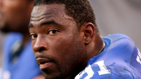 Giants defensive end Justin Tuck during a game