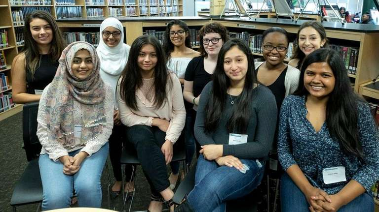 The top 10 students of the William Floyd