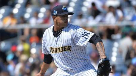 Jonathan Loaisiga impressed the Yankees while pitching