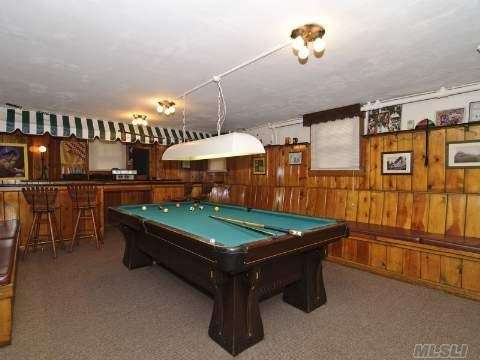 Garden City home for sale comes with this