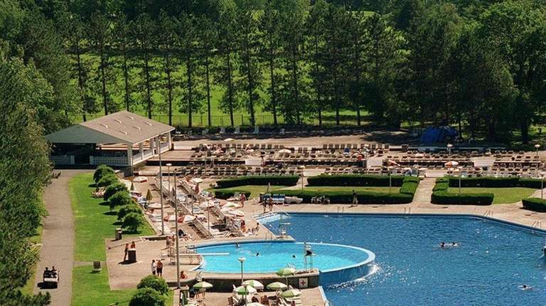Days Of Summer At The Concord Resort Hotel
