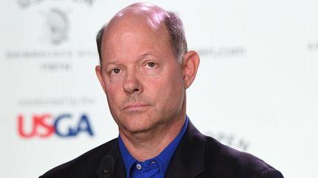 USGA chief executive officer Mike Davis speaks to