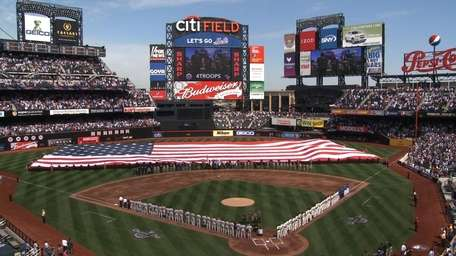 The Yankees head into Citi Field Friday night