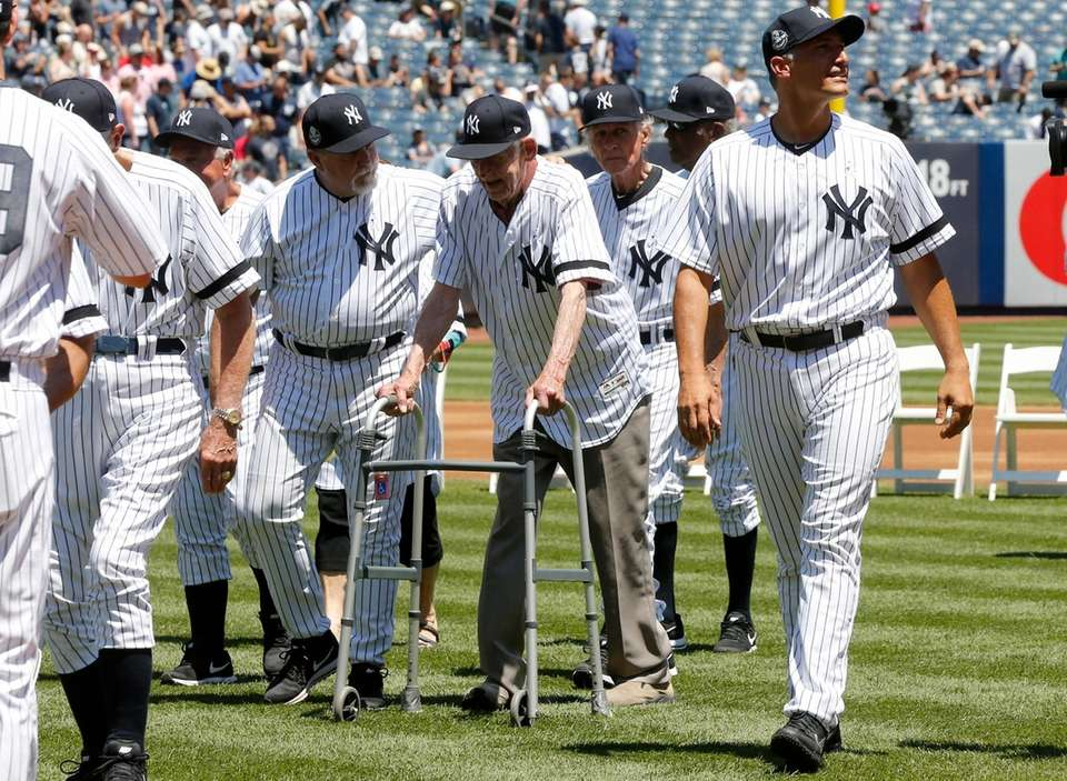 Don Larsen walks off the field during Old-Timers'