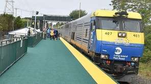Long Island Rail Road train at the Shinnecock