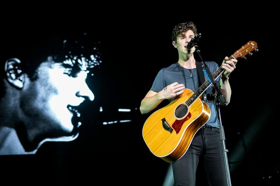 Shawn Mendes at the BLI Summer Jam on
