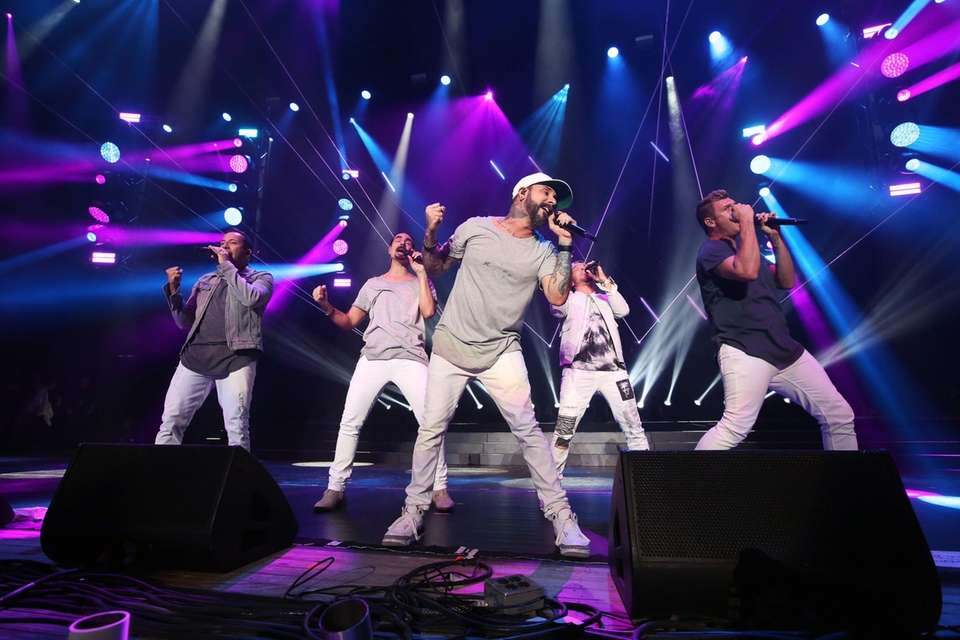Backstreet Boys perform at the 103.5 KTUphoria concert