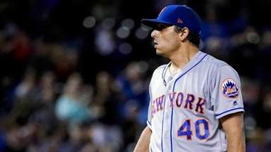 Mets starter Jason Vargas gets a new baseball