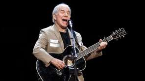 "Paul Simon kicks off his ""Homeward Bound: The"
