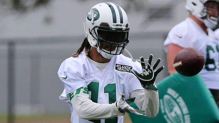 Jets wide receiver Robby Anderson makes the grab