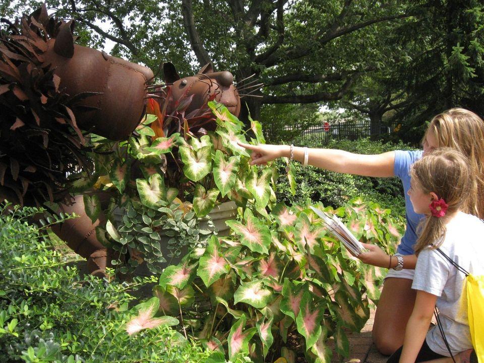 Sculpture Art Caper and Exploration Activity Backpack at
