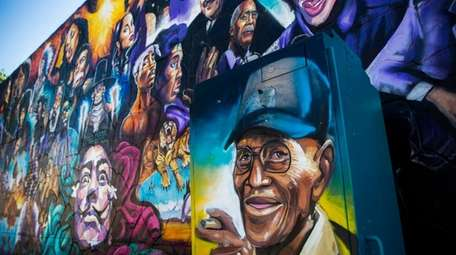 A mural of U.S. Army veteran Richard Overton