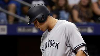 Yankees' Aaron Judge has words for home plate