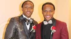 Deonte Palmer, left, and his identical twin brother,