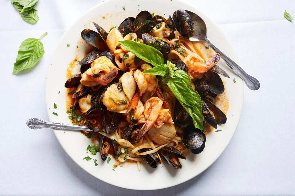 Zuppa di Pesce with shrimp, mussels, calamari, and