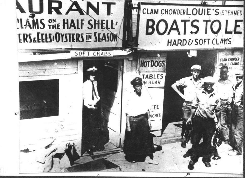 The clam shack of Louie's restaurant in Port