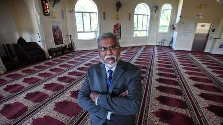 Portrait of Nayyar Imam in the Islamic Association