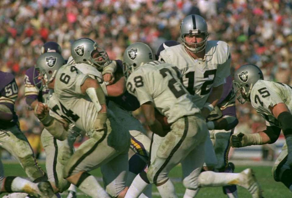 SUPER BOWL XI: OAKLAND 32, MINNESOTA 14 Rose