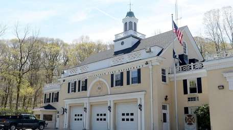 The Locust Valley Volunteer Fire Department on Buckram