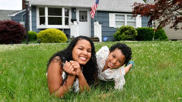 Yalissa Taveras and her son Trystan, 5, in