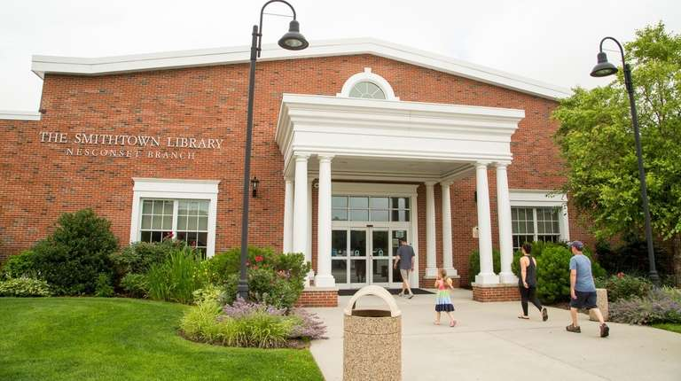 Patrons enter the newly built Smithtown Library Nesconset