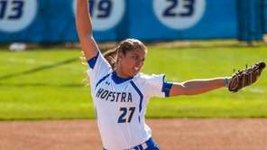 Hofstra Uninversity Softball Pitcher Sophie Dandola, pitching during