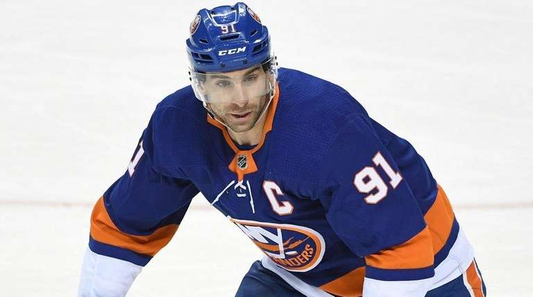 Islanders center John Tavares skates against the Capitals