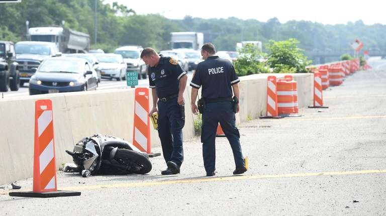 DOT: Portion of eastbound LIE reopens after motorcycle