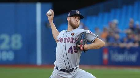 Zack Wheeler delivers in the second inning Tuesday
