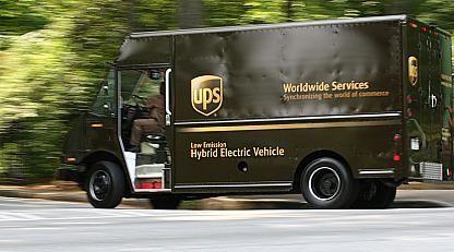 A UPS hybrid truck