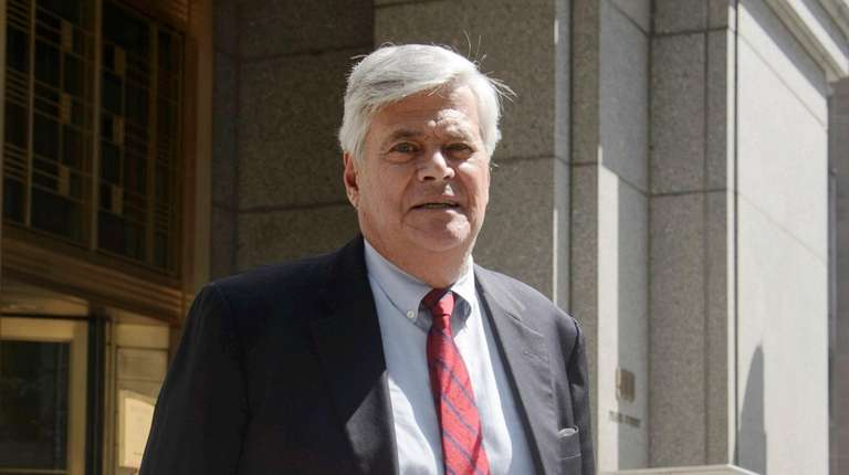 Dean Skelos exits the federal courthouse in Manhattan