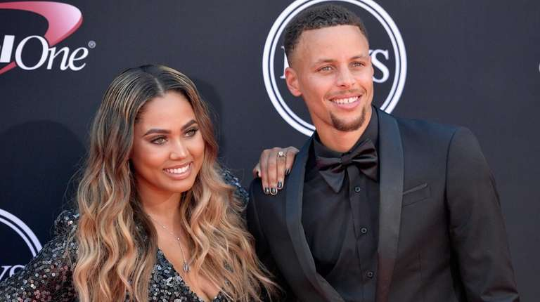 steph and ayesha curry are parents for the third time